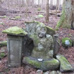 Small statues and Jizo are found dotted throughout the forests